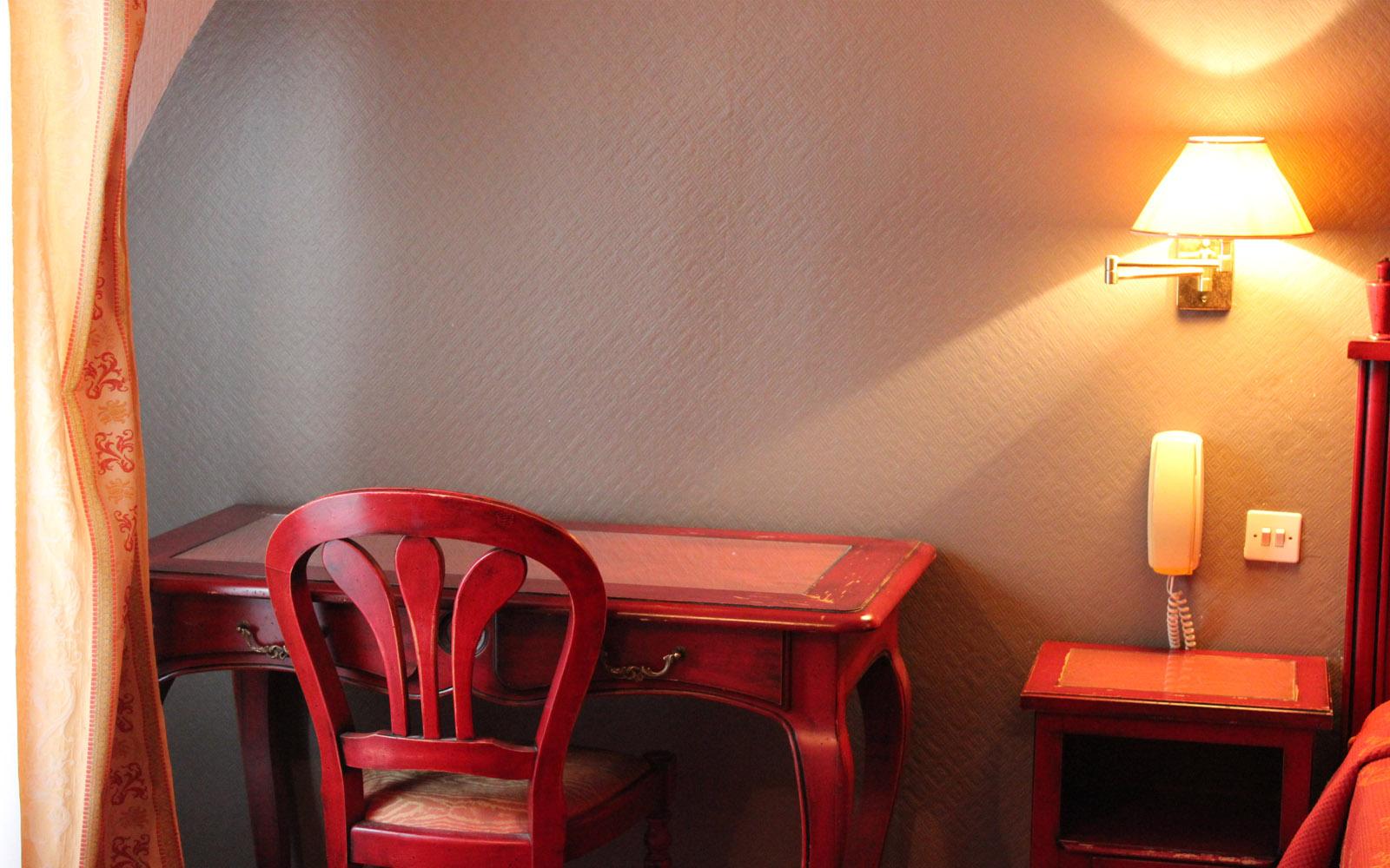 point rencontre gare nord paris. Black Bedroom Furniture Sets. Home Design Ideas